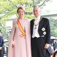 「即位礼正殿の儀」参列のため宮殿に入るベルギーのフィリップ国王夫妻=皇居・宮殿北車寄で2019年10月22日午後0時45分、宮間俊樹撮影