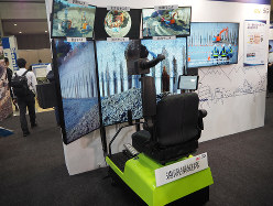 KDDI・大林組・NECの5G建機遠隔操作デモ 筆者撮影
