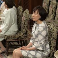 安倍晋三首相が永年在職25年で表彰される表彰式に出席した首相の妻昭恵氏=2018年5月22日、川田雅浩撮影