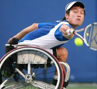 2008 Beijing Paralympics -- Japan's Shingo Kunieda competes on his way to capturing the gold medal in the men's singles wheelchair tennis. (Mainichi/Yohei Koide)