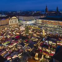 ドレスデンはドイツ最古のクリスマスマーケットが開かれる=ドイツ・ドレスデンで2017年12月、大鶴倫宣氏撮影