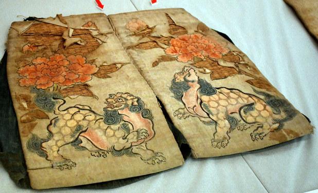伝統踊り、歴史たどる 衣装、文献などを紹介 草津で17日まで特別展 ...