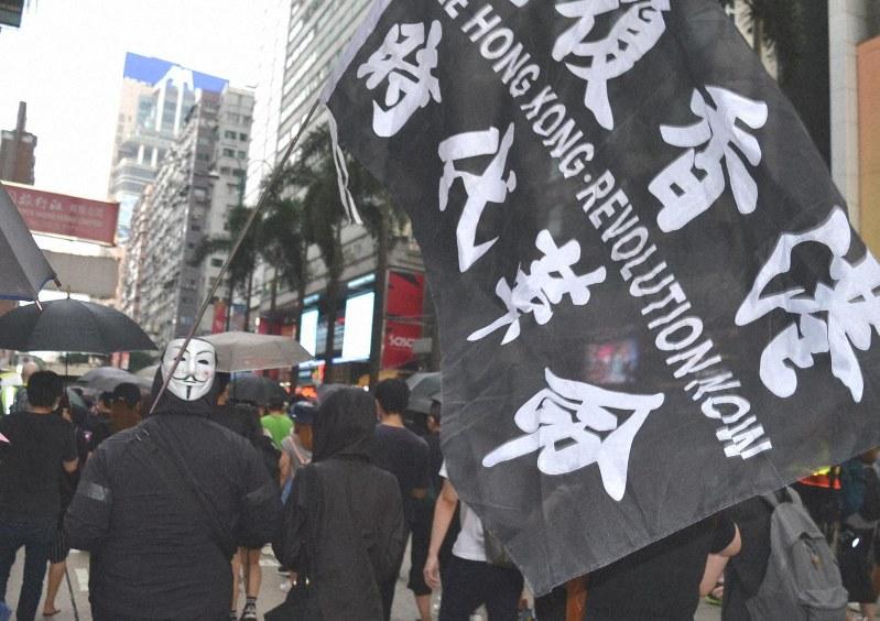 国家安全条例が制定されれば、「革命」を掲げるだけでも逮捕されるおそれがある=香港・尖沙咀で2019年10月12日、福岡静哉撮影