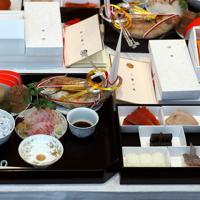 「大饗の儀」で出席者にふるまわれた料理=皇居・宮殿「豊明殿」で2019年11月16日午後0時3分、小川昌宏撮影