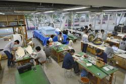 金沢工業大は、学生の自由な創作活動を支援する「夢工房」の新施設を2017年にオープンした