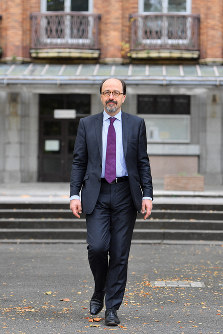 Bill Emmott. (Mainichi)