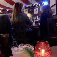 シェ・ジェイで長年人気のカクテル、マルガリータ=米西部カリフォルニア州サンタモニカで2019年11月22日夜、福永方人撮影