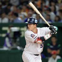プロ野球のオールスターに出場した村上宗隆=東京ドームで2019年7月12日、梅村直承撮影