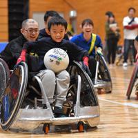 昨年11月に開催されたパラスポーツ体験イベントでは普及活動も。初めてプレーする人たちにも笑顔があふれた