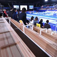有明体操競技場の木製の座席=有明体操競技場で2019年11月28日、宮間俊樹撮影