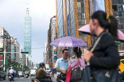 来年9月、台湾が日本との金融口座情報の交換を予定する(台北市)(Bloomberg)