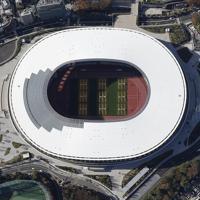 完成した国立競技場。2020年東京五輪・パラリンピックのメインスタジアムとなる=2019年11月30日午後1時28分、本社ヘリから