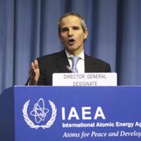 IAEAの総会で新事務局長任命を承認されたアルゼンチンのラファエル・グロッシ氏=ウィーンで2日、AP