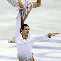 ペアで2位となったロシアのタチアナ・ボロソジャル、マキシム・トランコフ組のフリーの演技=マリンメッセ福岡で2013年12月7日、貝塚太一撮影