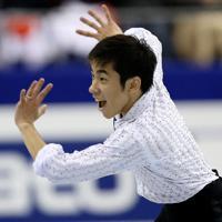 男子SPで表情豊かに演技する織田信成=マリンメッセ福岡で2013年12月5日、貝塚太一撮影