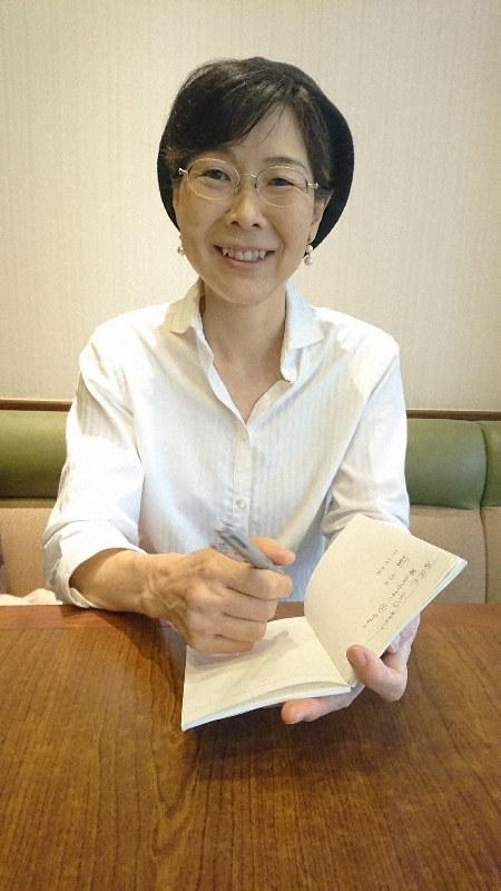 インタビューに答える樋口直美さん=千葉県内で、和田撮影