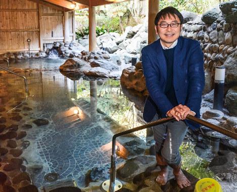 山崎寿樹 温泉道場社長執行役員兼グループCEO くつろぎカフェで銭湯を再生