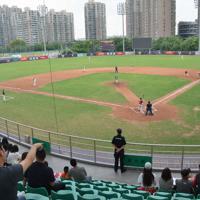 中国プロ野球リーグの江蘇対北京の公式戦=中国江蘇省無錫市の球場で2019年9月、工藤哲撮影