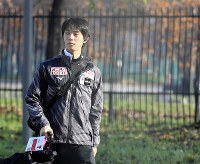 Japan's Yuzuru Hanyu arrives at the Palavela arena for a training session for the men's free program at the Grand Prix of Figure Skating Final in Torino, Italy, on Dec. 6, 2019. His coach didn't attend the session. (Mainichi/Taichi Kaizuka)