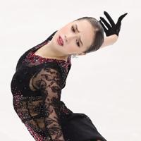 SPで79・60点となり、2位につけたロシアのアリーナ・ザギトワの演技=イタリア・トリノのパラベラ競技場で2019年12月6日、貝塚太一撮影