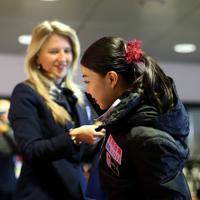 女子フリーの抽選をする紀平梨花=イタリア・トリノのパラベラ競技場で2019年12月6日、貝塚太一撮影