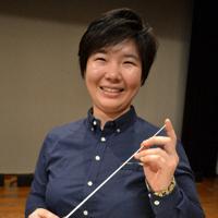 来年のニューイヤーコンサートでふるさとデビューを飾る木下麻由加さん=橋本市民会館で、松野和生撮影