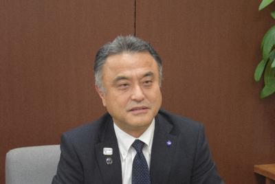 横浜にしかない魅力ある施設を整備したいと話す小林一美・横浜市副市長