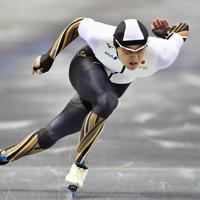【スピードスケートW杯第4戦・長野大会】男子500メートルの1回目で優勝した村上右磨=長野市のエムウェーブで2019年12月13日、猪飼健史撮影