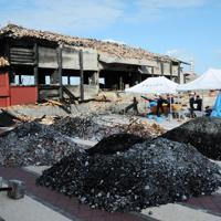 焼けて骨組みなどがむき出しになった首里城北殿=那覇市で2019年12月17日午後2時55分、遠藤孝康撮影