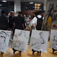 日本の人気漫画家4人が中国で描いた記念の色紙=中国福建省アモイで2019年11月12日午後5時37分、河津啓介撮影