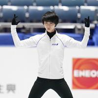 公式練習に臨む羽生結弦=東京・国立代々木競技場で2019年12月19日、佐々木順一撮影