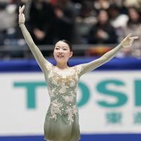 女子フリーの演技を終えて笑顔を見せる紀平梨花=東京・国立代々木競技場で2019年12月21日、佐々木順一撮影