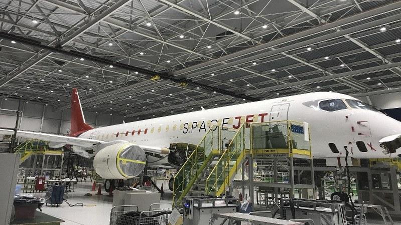製造中の試験10号機=三菱航空機提供