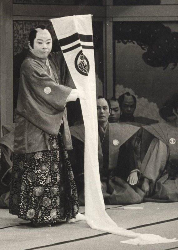 松竹新喜劇のベテラン俳優、小島慶四郎さん死去、88歳 - 毎日新聞