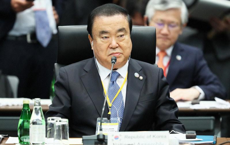 G20国会議長会議の開会式に臨む韓国の文喜相国会議長=東京都千代田区で2019年11月4日、玉城達郎撮影