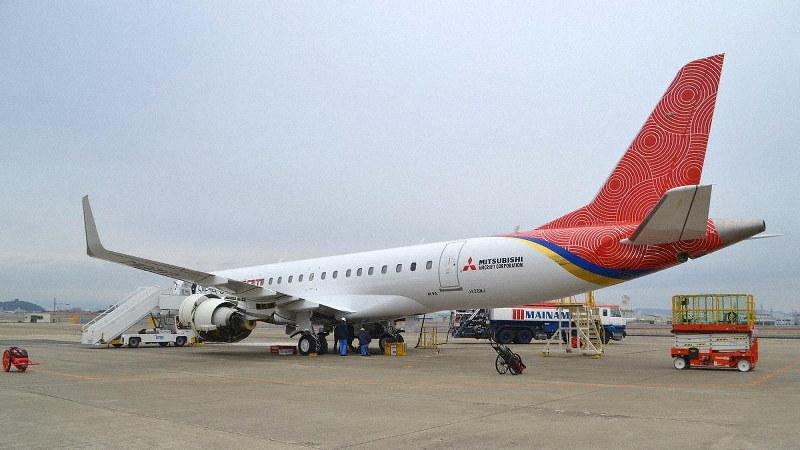 名古屋空港に入ったスペースジェットの試験10号機=三菱航空機提供