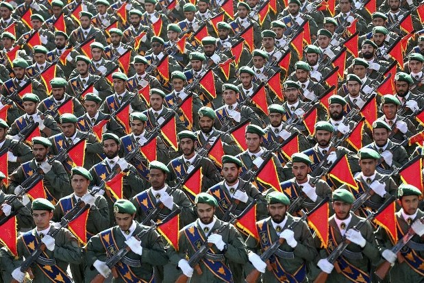 防衛 隊 革命 イスラム