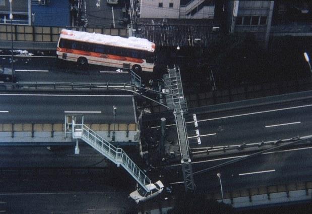 記者たちの記憶・阪神大震災25年:あす25年 1995年1月17日 ...