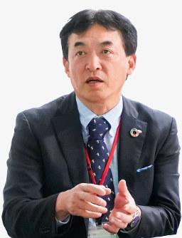 川原信章氏