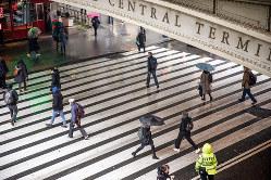 ヘイトクライムに揺れるニューヨーク(Bloomberg)