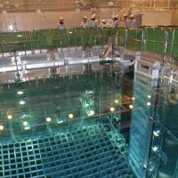 使用済みMOX燃料が保管されている四国電力伊方原発3号機の使用済み核燃料プール=伊方町で、代表撮影