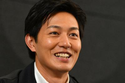 インタビューに答える俳優の工藤阿須加さん=大阪市北区で、山田尚弘撮影