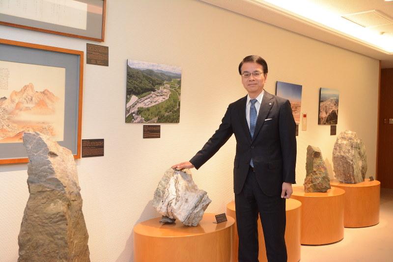 Interviewer 藤枝克治(本誌編集長) Photo 武市 公孝、東京都港区の本社で