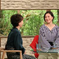 「サワコの朝」に登場する広末涼子さん(右)=MBS提供