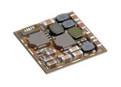 TDKの高密度基盤「SESUB」。1辺の長さは約11ミリ(TDK提供)
