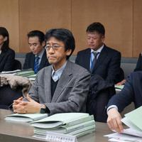 野田市の再発防止合同委員会に出席する委員ら=千葉県野田市役所で