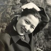 23歳当時の藤井幸子さん=1958年撮影、藤井哲伸さん提供