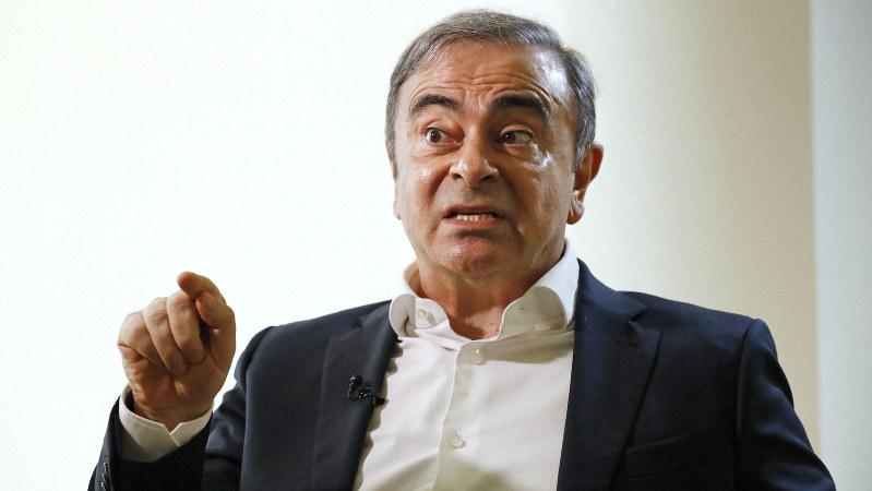 逃亡先のレバノンでの記者会見の2日後、日本メディアの代表取材に応じるカルロス・ゴーン被告=ベイルートで2020年1月10日、代表撮影