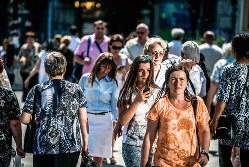 経済成長を背景に、国民の健康意識が高まっている(Bloomberg)