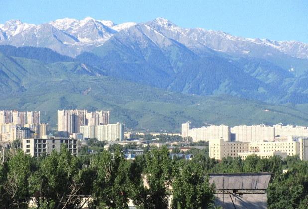 カザフスタン最大都市「アルマトイ」経済発展の裏側 | 藻谷浩介の世界 ...